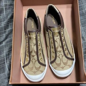 Coach shoes size 9